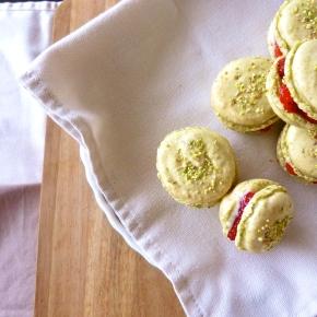 Pistachio Macarons with Strawberry MascarponeCream