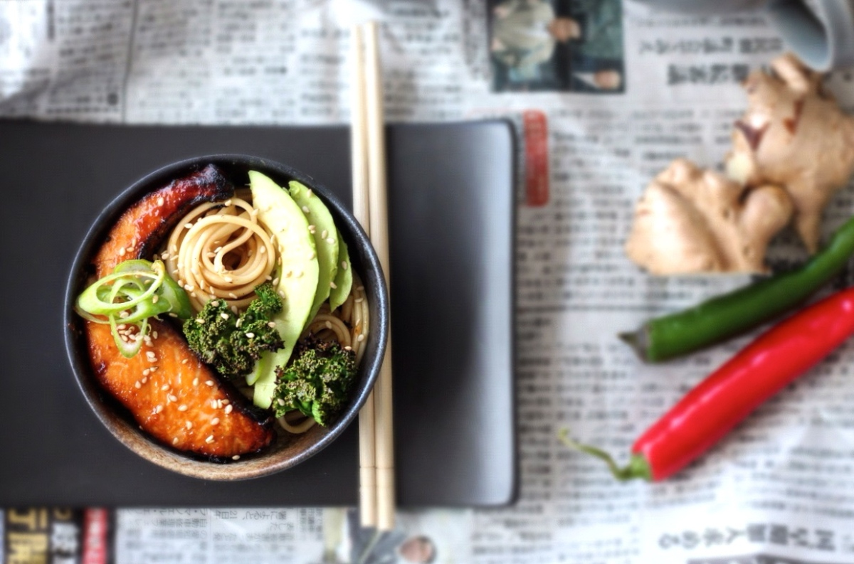 Udon Noodle Bowl with Miso-Honey Glazed Salmon, Avocado + Crispy Kale