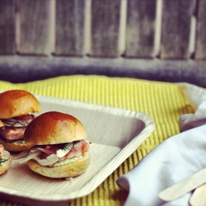 Salmon Sliders with Pickled Fennel, Pomelo +Wasabi