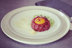 Wallaby Tartare with Avocado and Fennel