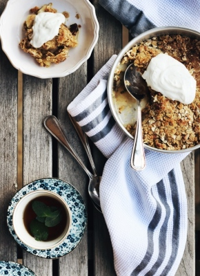 Pear, Mint + Ginger Crumble