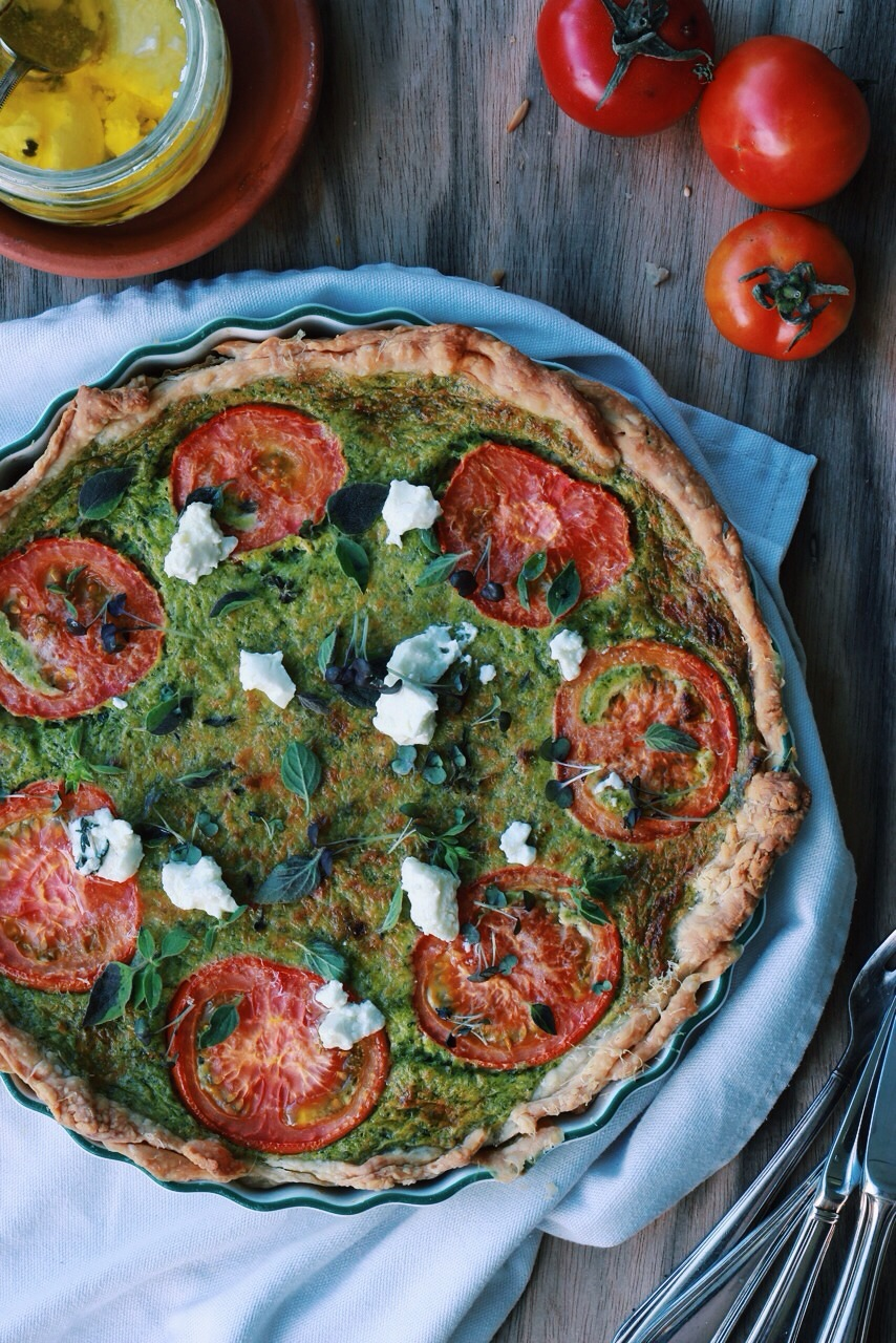 Spinach, Tomato + Goats Cheese Tart www.fingerforkknife.com